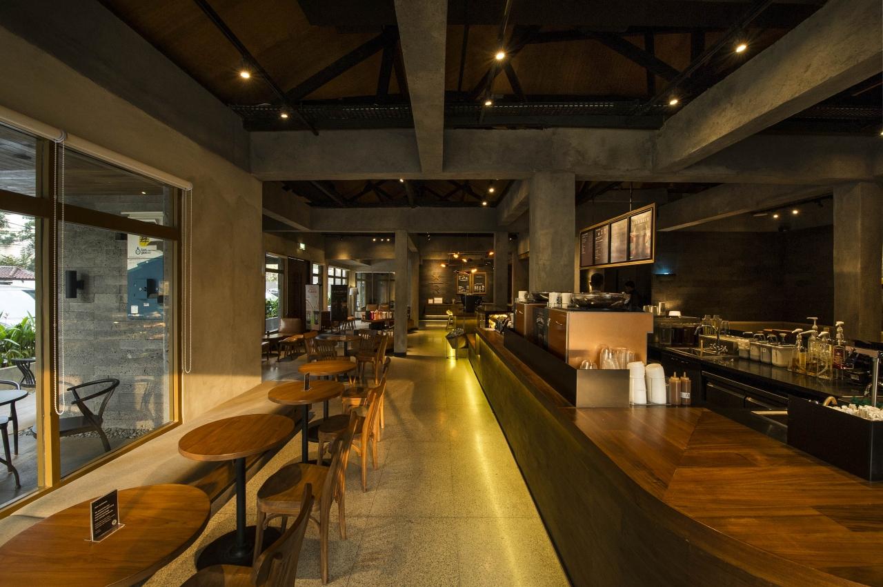 STARBUCKS RESERVE PAKUBUWONO, JAKARTA